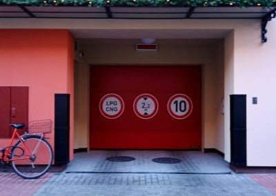Vrata sekční průmyslová vjezd