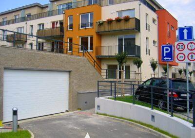 Vrata sekční průmyslová - vjezd do garáží