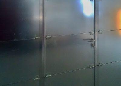 Vrata sekční protipožární s dveřmi