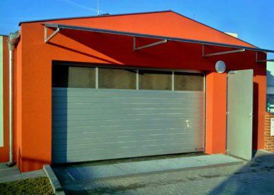 Vrata sekční průmyslová Hörmann 02