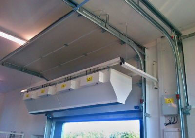 Vrata sekční průmyslová s tepelnou clonou