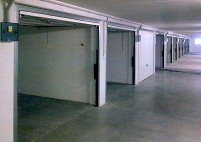 Vrata výklopná garážová