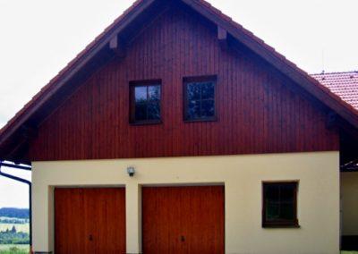Vrata výklopná privátní s dřevěnou výplní (2)