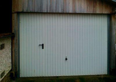 Vrata výklopná privátní s dveřmi