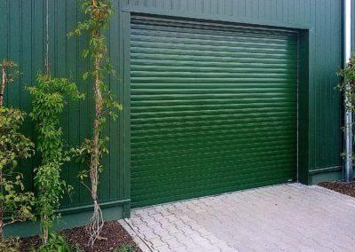 Vrata rolovací privátní garážová lakovaná (2)