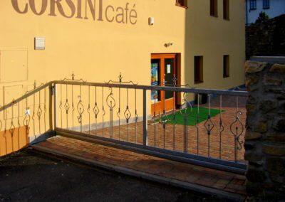 brána posuvná nesená pozinkovaná