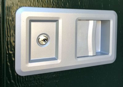 detail madlo bočníchh sekčních odsuvných garážových vrat