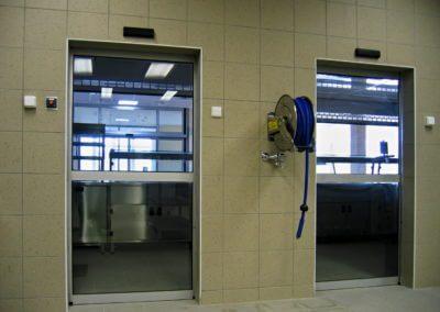 Dveře automatické lineární jednokřídlé hliníkové (2)
