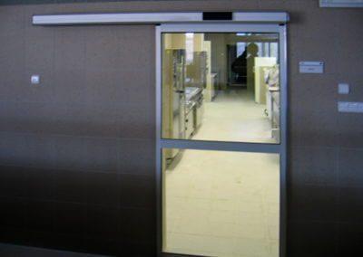 Dveře automatické lineární jednokřídlé hliníkové (4)