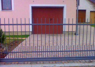 brána posuvná nesená ocelová 02