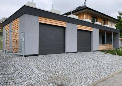 Akční garážová vrata hormann antracit, ral7016, planar, lpu, sekční vrata, garážová vrata