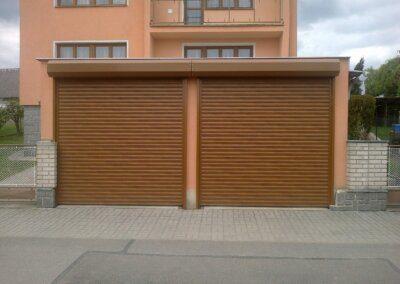 rolovací garážová vrata Hörmann Rollmatic zlatý dub folie